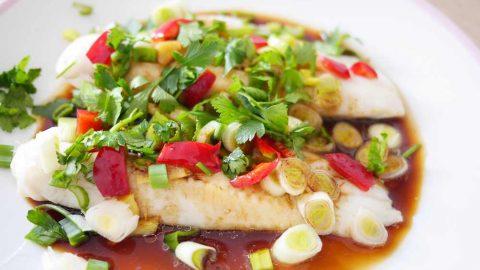 Recept: Ryba na páře na čínský způsob