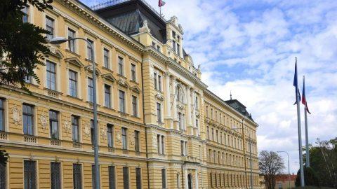 Armádě ČR bude vrácena dotace knavýšení obranného rozpočtu