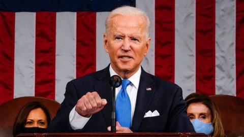 USA: Biden oznámil další výdajový balíček za 1,8 bilionu $ azvýšení daní bohatým