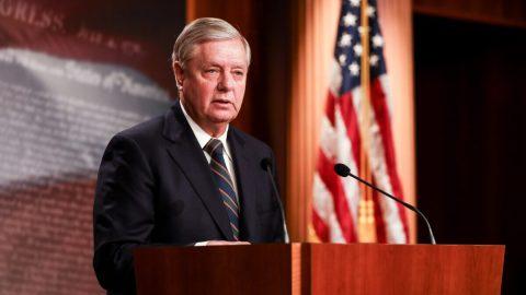 """USA: Senátor Graham """"vzkázal"""" Bidenovi: Obama aHarrisová jsou důkazem, že Amerika není rasistická"""