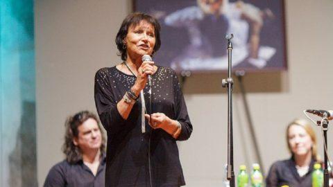 Marta Kubišová podpořila projekt Komiksem proti totalitě