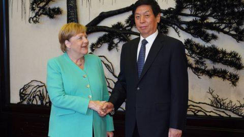 """EU zastaví investiční dohodu sČínou. Bauseová: """"Jasná porážka čínské politiky Merkelové"""""""