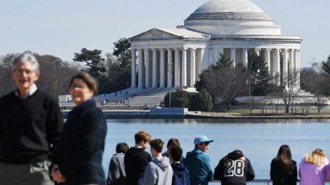 Elity volí ošklivost ve federální architektuře, bez ohledu na to, co preferuje lid
