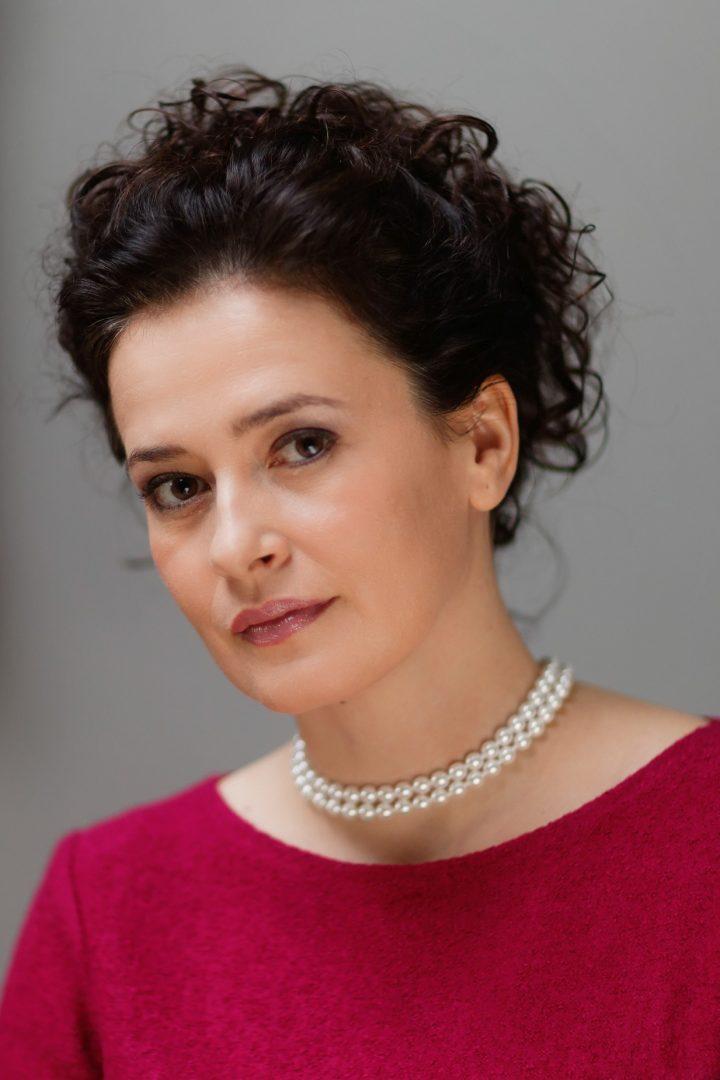 Simona H. Šaturová