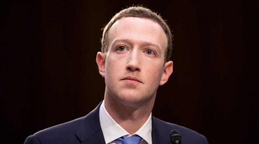 Zakladatel a generální ředitel Facebooku Mark Zuckerberg vypovídá na společném slyšení senátních výborů pro soudnictví a obchod ve Washingtonu 10. dubna 2018. (Samira Bouaou / The Epoch Times)