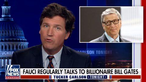 """Tucker Carlson zFox News odhaluje """"Fauciho lži"""" na základě nově zveřejněných e-mailů"""