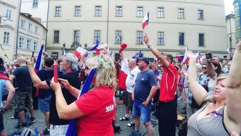 ČR: Aktivisté zastavili třetí pokus vlády ozavedení covid pasů