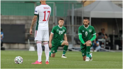 Maďaři nepoklekli, Iry vybučeli