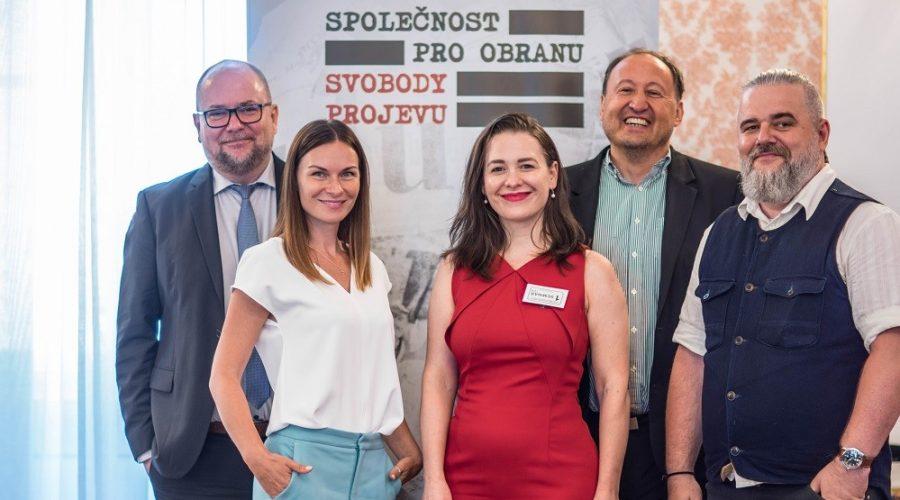 Účastníci semináře Svoboda projevu na sociálních sítích v Poslanecké sněmovně 10. června 2021. (Se svolením SOSP)