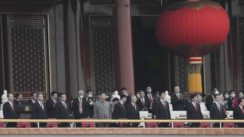 Čínský režim využívá západní negativní stereotypy, když odpovídá na kritiku masivního porušování lidských práv