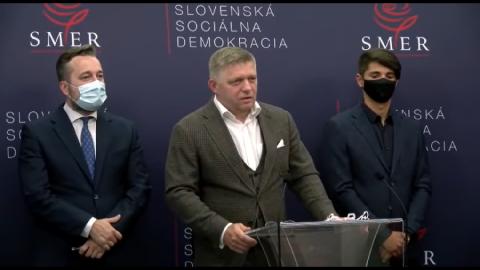 Představitelé SMERu se ostře ohradili proti politické propagaci očkování (video)