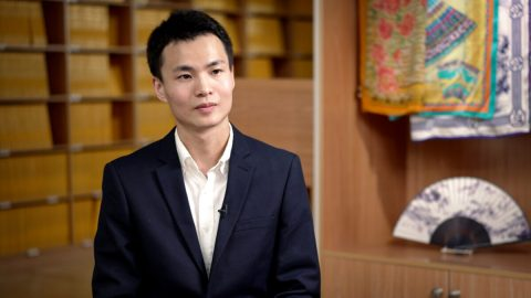 Víra asvoboda: Útěk jednoho ztanečníků Shen Yun zČíny