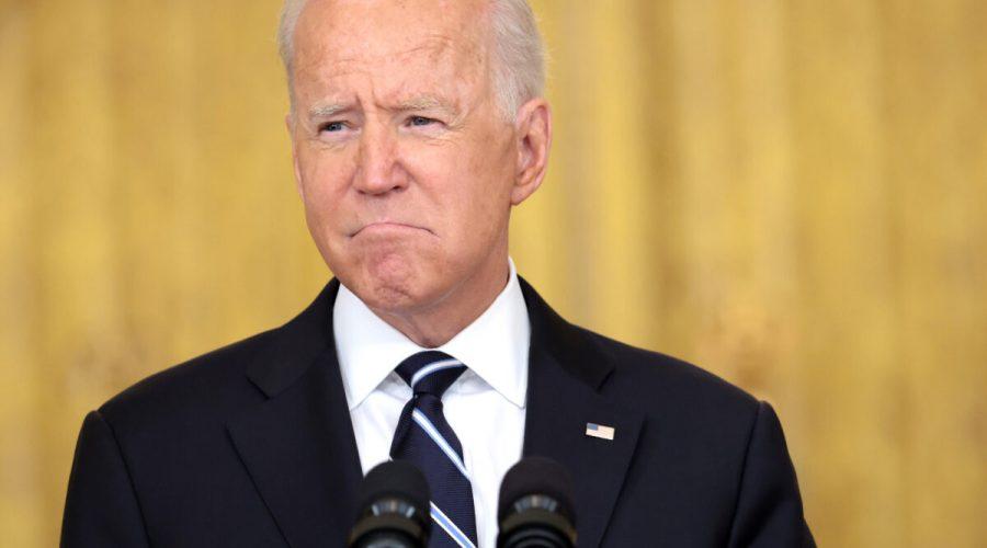 Americký prezident Joe Biden při proslovu vBílém domě, 18. srpna 2021. (Anna Moneymaker / Getty Images)
