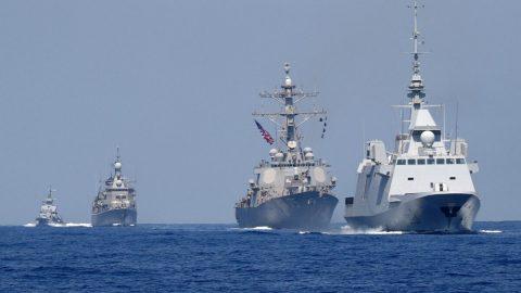 USA zahájily největší námořní vojenská cvičení od studené války, Čína reaguje