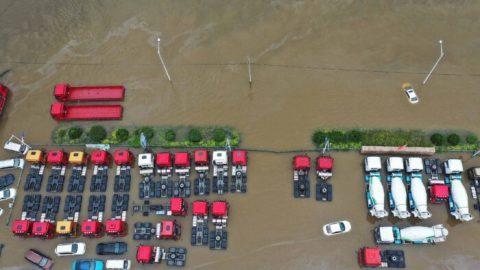 Extrémní počasí azejména povodně zasáhly Čínu, Německo, Anglii aBelgii