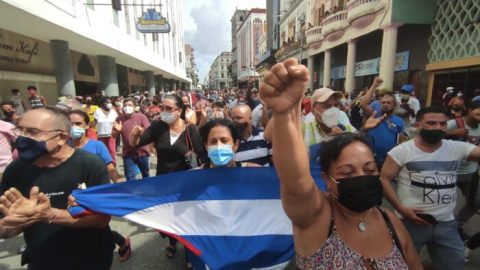Měla by Amerika zrušit embargo uvalené na Kubu?