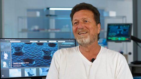 Profesor Turánek: Chybí odborná diskuze ocovidu-19 avakcínách, zostuzují se vědci, kteří vyjádří jiný názor