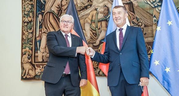 Premiér Andrej Babiš v pátek 27. srpna 2021 v Hrzánském paláci přijal prezidenta Spolkové republiky Německo Franka-Waltera Steinmeiera