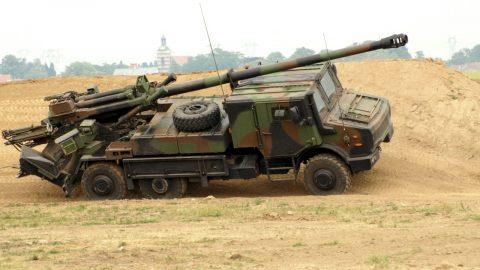 Česká armáda nakoupila francouzská děla za 8,5 miliardy