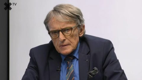 """Petr Robejšek: Politici už nejsou schopni vládnout demokraticky. Doporučuji """"čtyři pravidla osvobození"""""""