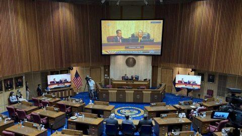 Volební audit varizonském okrese Maricopa zjistil potenciální problémy u53305 hlasovacích lístků