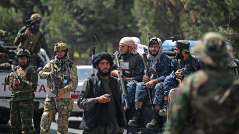 Tálibán zastřelil zpěváka lidových písní poté, co hnutí vAfghánistánu vyhlásilo zákaz veřejné hudby