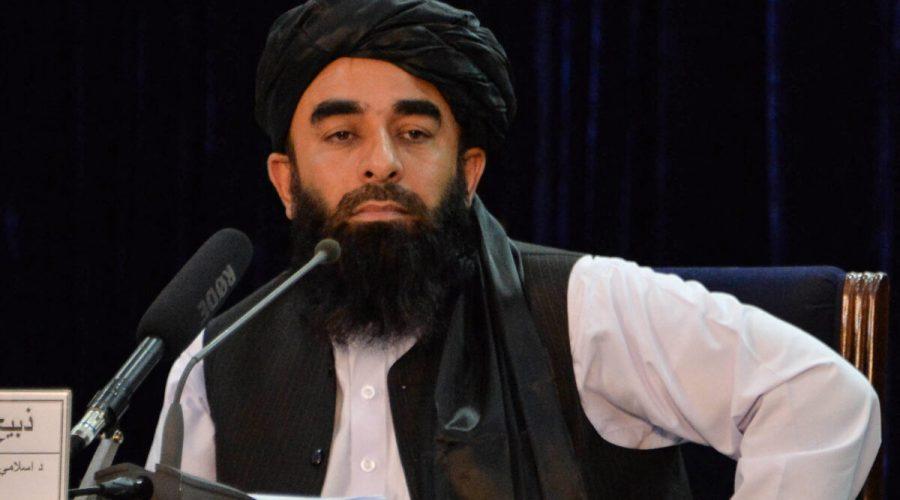 Mluvčí Tálibánu Zabihulláh Mudžáhid na tiskové konferenci v afghánském Kábulu, 24. srpna 2021. (Hoshang Hashimi / AFP via Getty Images)