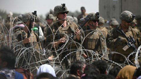 Čína tvrdí, že poporážce USA vAfghánistánu přichází se skutečnou demokracií