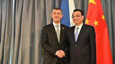 Tchajwanská delegace míří do Prahy, Čína se zlobí. Proč?
