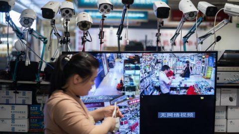 Bezpečnostní mezera učínských kamer Hikvision vyvolává obavy ze zneužití dat