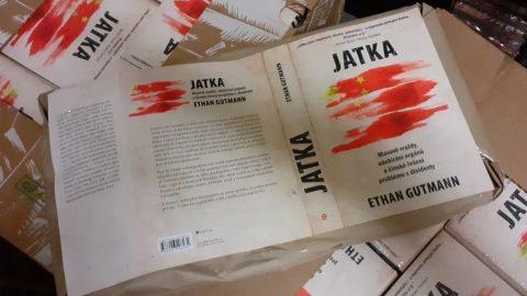 Výtisky strhující knihy Jatka jdou opět do knihkupectví